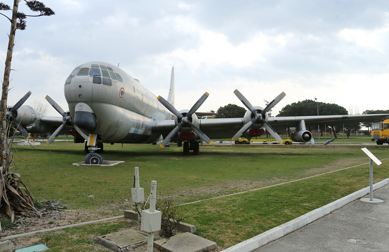 Boeing KC-97L Stratotanker. Museo del Aire, Madrid