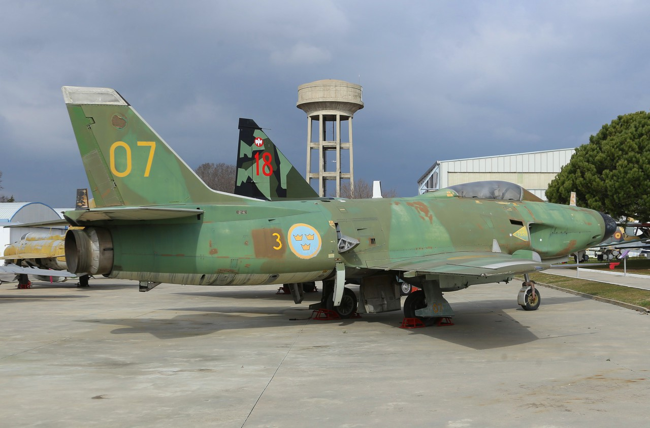SAAB J-32 Lansen, Madrid