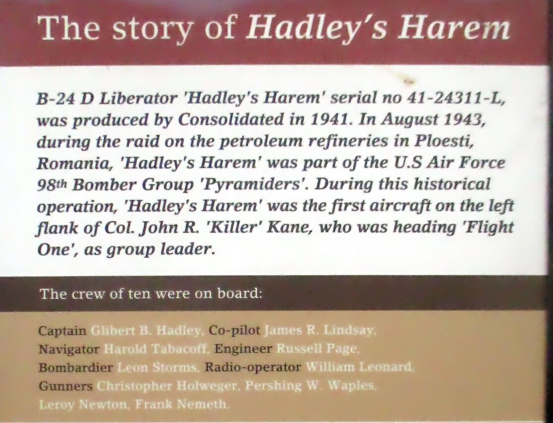 Экипаж Hadley's Harem